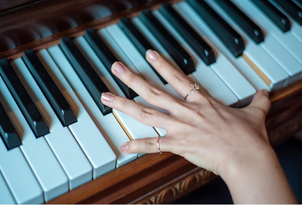 Imparare a suonare il piano da adulti è possibile?